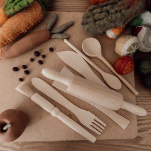 wooden utensil set