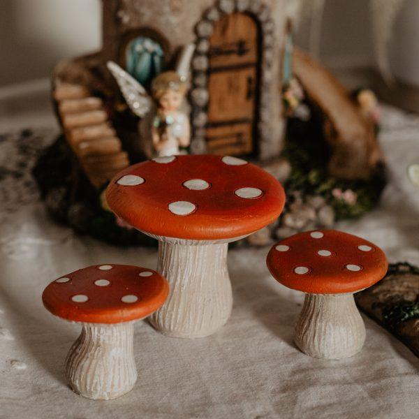 mushroom table setting
